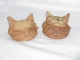 KOČIČKA surová keramika - pr.8,5x4,5cm