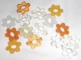 Kytičky mix barev bílé,žluté,oranž-15ks