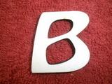 *2D výřez písmeno B  v.cca 4,2cm ozd.