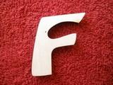 *2D výřez písmeno F v.cca 4,2cm ozd.