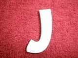 *2D výřez písmeno J v.cca 4,2cm ozd.