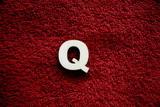 2D výřez písmeno Q v.cca 2,4cm