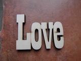 Nápis LOVE velikost 12,5x20cm