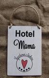 Cedulka Hotel mama, vyrobeno s láskou... cca 13x10cm - hnědo-bílá patina