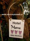 Cedulka Hotel mama...  typ.písma č.2-13x10cm-hnědo-bílá, fial.srdce