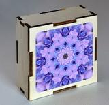 Dřevěná krabička s mandalou rovnosti
