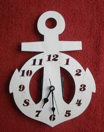 2D hodiny KOTVA s vyfréz.čísly v.29x21cm - zvětšit obrázek