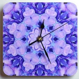 Dřevěné hodiny s mandalou rovnosti - zvětšit obrázek
