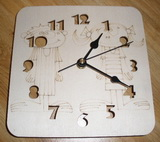Hodiny CHLAPEČEK+HOLČIČKA s vyfrézovanými čísly 19,5x19,5cm