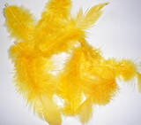 Peří dekorační tm.žluté  - 10-12ks