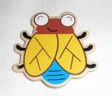 BP - brouk žlutá křídla dřevěný