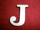 +2D výřez písmeno obyč.  v.cca 4,2cm - J