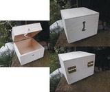 Dřevěná krabička cca 11x11x8,5cm