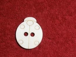 TP3D0264 - Sponka nebo knoflík BERUŠKA - 2,7x3,2cm - zvìtšit obrázek