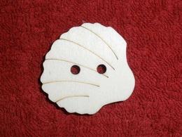 TP3D0269 - Sponka nebo knoflík MUŠLIČKA - 3,5x3,5cm - zvětšit obrázek