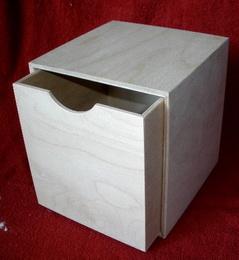 Døevìná krabièka  è.2- v.16x16x16xcm