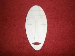 TP2D062 - 2D výøez etno motiv Maska silná v.11x5cm