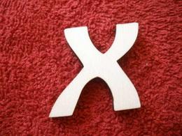 -2D výøez písmeno X v.cca 7cm ozd.