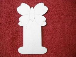 Podložka na stuhy motýl v.14,8x9,2cm