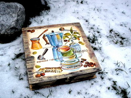 Døevìná krabièka kafíèko - zvìtšit obrázek