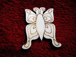 2D výøez motýlek è.2 - v.6,5x6cm