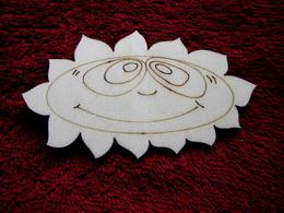 2D výøez sluníèko ovál- v.5,8x10,7cm