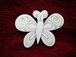 2D výøez motýlek è.3 - v.8,5x11cm