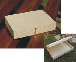 Døevìná krabièka cca 22,4x15,2x4,3cm