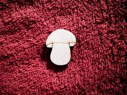 2D výøez houba èistá-v.3,2x2,6cm