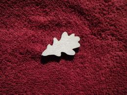 TP3D0279 - 2D výøez list dubu malý èistý - 4x2,5cm - zvìtšit obrázek