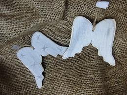 Ozdoba dekor andìlská køídla, hvìzda- velikost cca 8x9,5cm