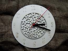 3D hodiny kulaté s kytièkovým vzorem pr. 20cm
