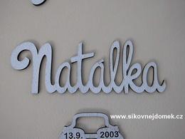 Nápis jméno Natálka v. 10x30cm PATINA hnìdo-bílá