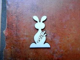 2D výøez zajíc s mrkví-v.5,2x3,5cm - zvìtšit obrázek