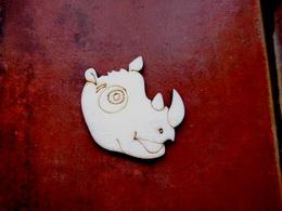 2D výøez na špejli nosorožec-v.5x4,9cm - zvìtšit obrázek