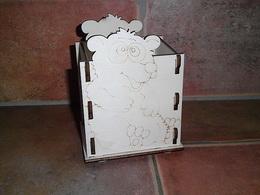 Krabièka-stojánek na tužky medvídek v.14x10x9cm