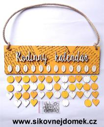 Sestava Rodinný kalendáø deska obdélník sluníèková barva,bílý nápis Rodinný kalendáø,tisk