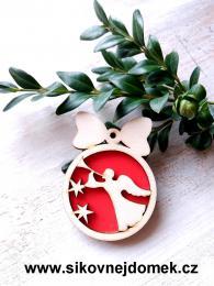 Vánoèní ozdoba koule v.6,7x5cm, andìl s trubkou - èervená - zvìtšit obrázek