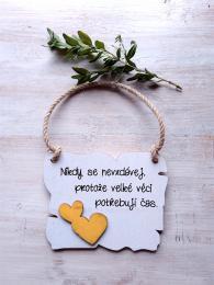 Cedulka Nikdy se nevzdávej - 14x11cm, žluté srdce - zvìtšit obrázek