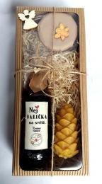 Dárkovì balená medovinka 200ml+med 150g,svíèka šiška-Nej babièka v papírové krabièce