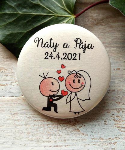 Svatební placka, button se špendlíkem pr.5cm vzor è.1,podklad sv.pøírodní - zvìtšit obrázek