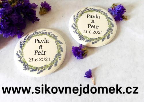 Svatební button se špendlíkem, pr.5cm levandulový vìnec, sv.pøírodní