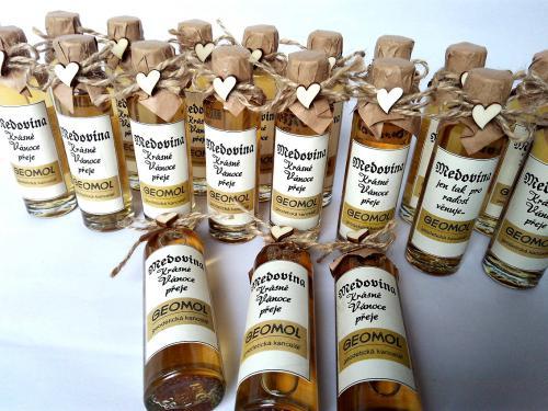 Medovina 40ml s firemní etiketou - zvìtšit obrázek