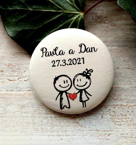 Svatební placka, button se špendlíkem, pr.5cm vzor è.9322,podklad sv.pøírodní - zvìtšit obrázek