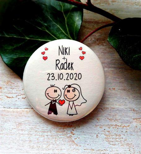 Svatební placka, button se špendlíkem pr.5cm vzor è.9339,podklad sv.pøírodní - zvìtšit obrázek