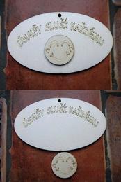 Cedulka Úsmìv sluší každému+výøez 14x8cm